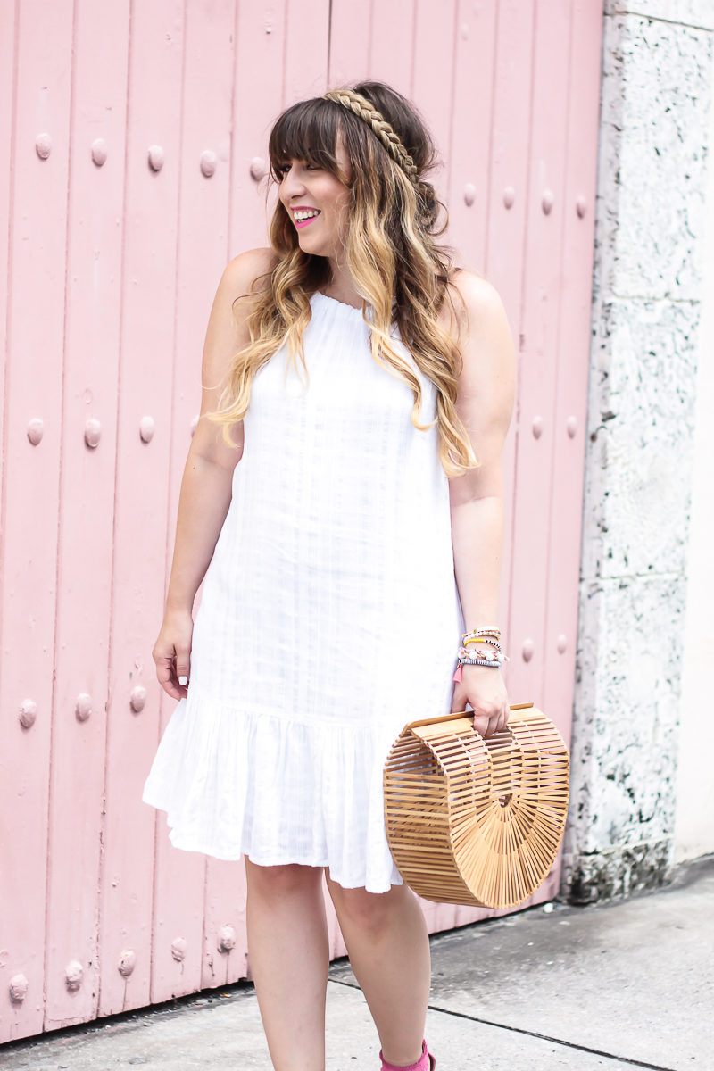 Miami fashion blogger Stephanie Pernas wearing an Old Navy white dress