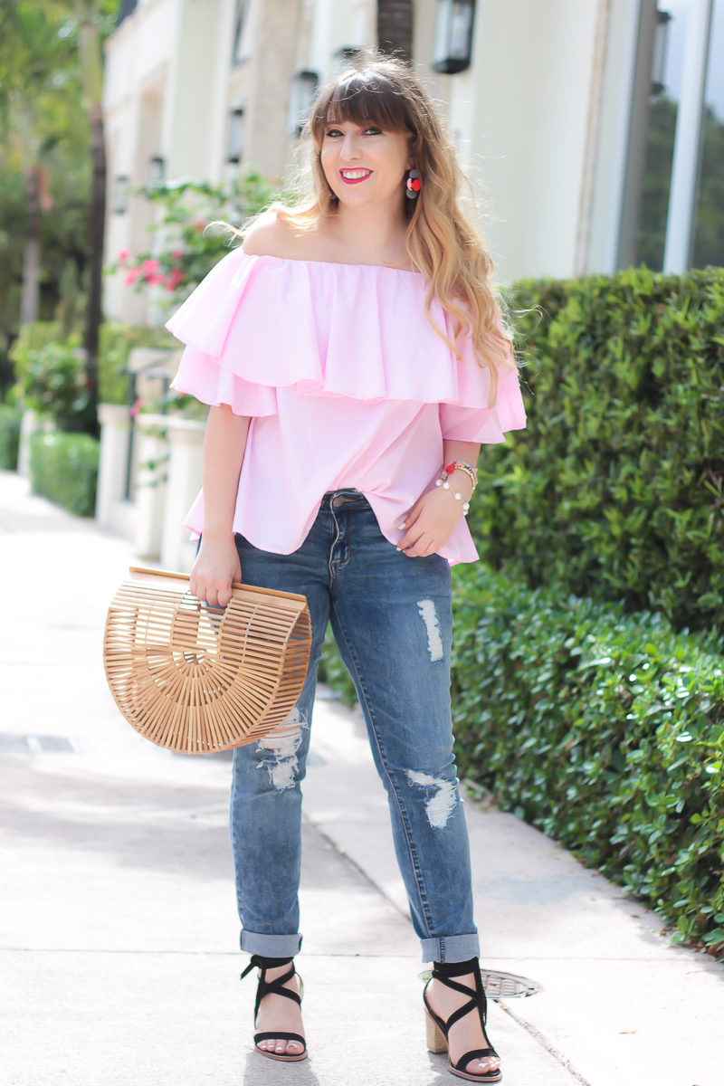 Miami fashion blogger Stephanie Pernas styles an off the shoulder top outfit idea