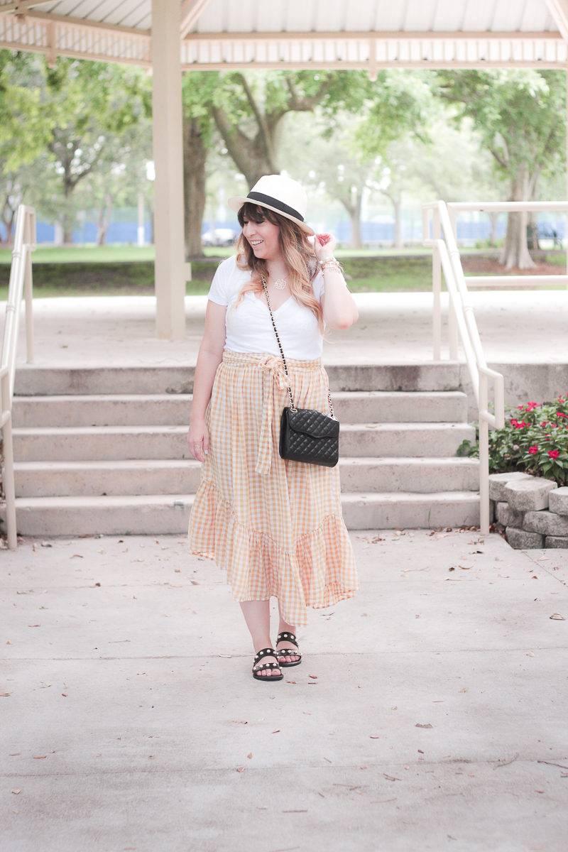 Miami fashion blogger Stephanie Pernas wearing an ASOS yellow gingham skirt