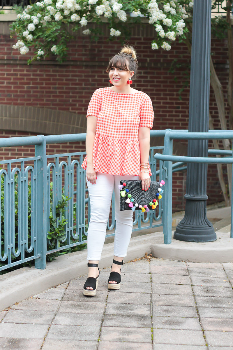 Casual gingham top outfit idea