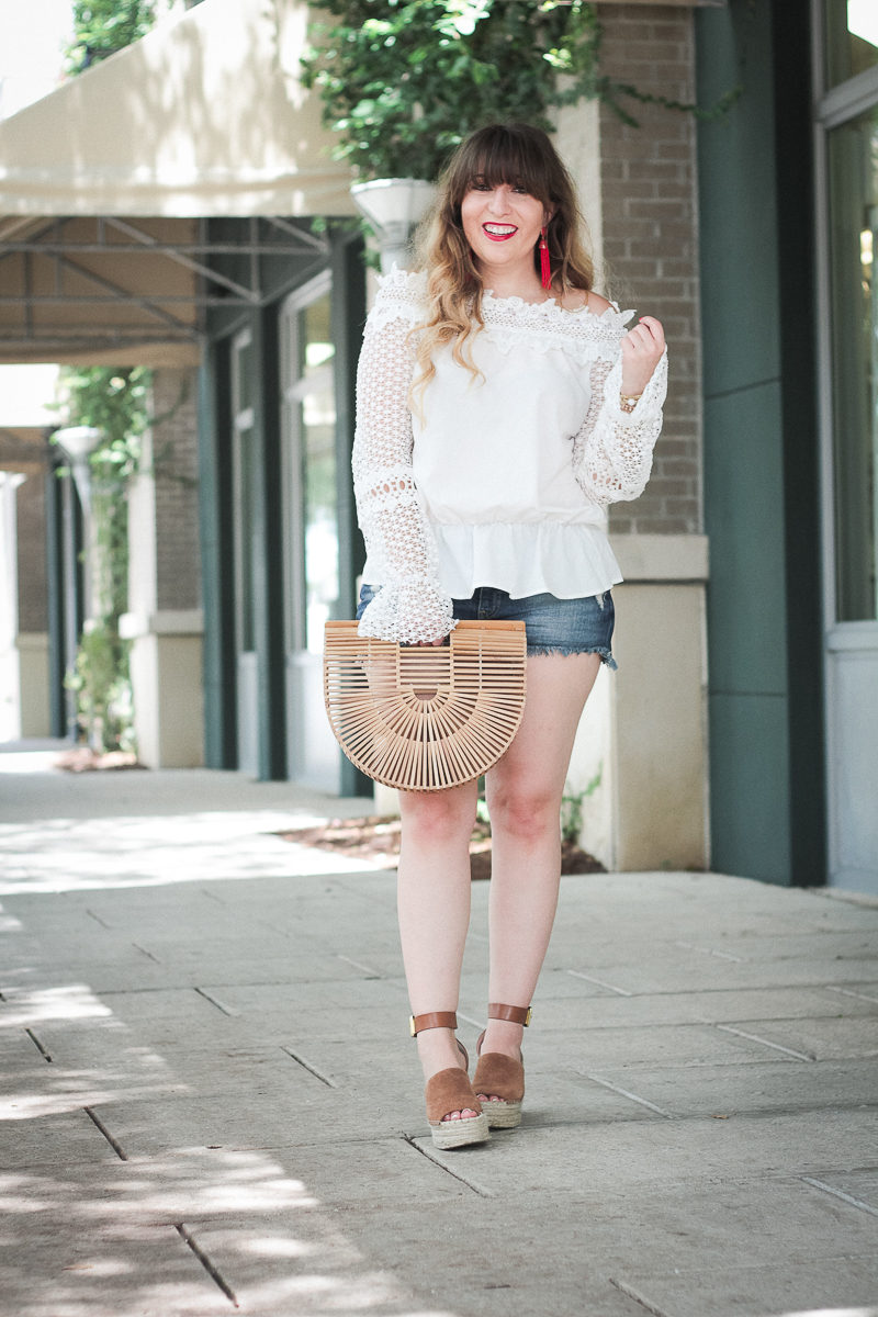 Fashion blogger Stephanie Pernas styles a cute July 4th outfit