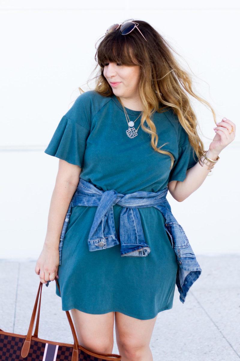 Miami fashion blogger Stephanie Pernas styles a cute t shirt dress outfit idea