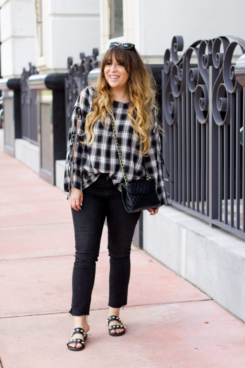 Fashion blogger Stephanie Pernas wearing JBrand jeans and a LOFT top
