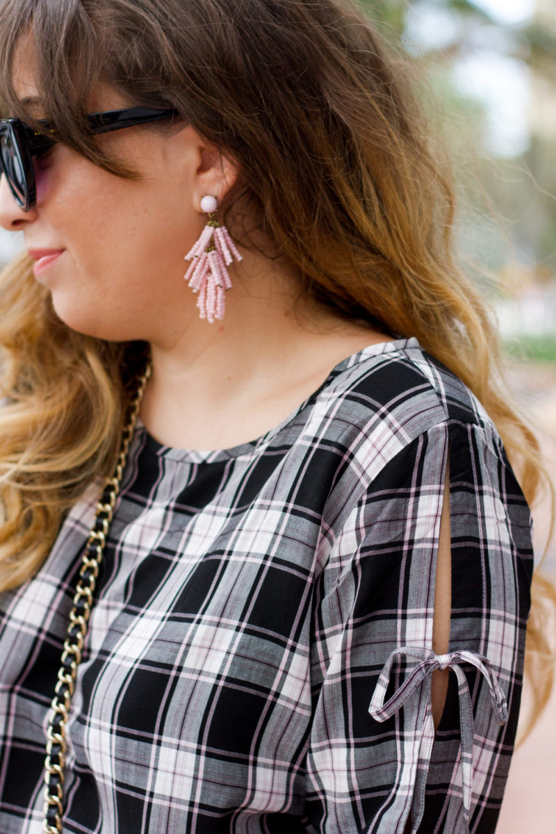 Miami fashion blogger Stephanie Pernas wearing Sugarfix by Baublebar earrings