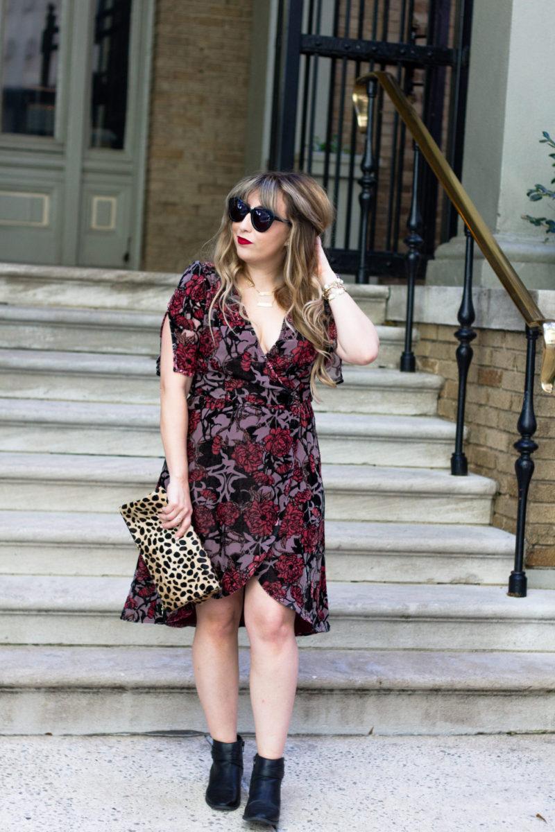 Miami fashion blogger Stephanie Pernas wearing a velvet midi dress for fall
