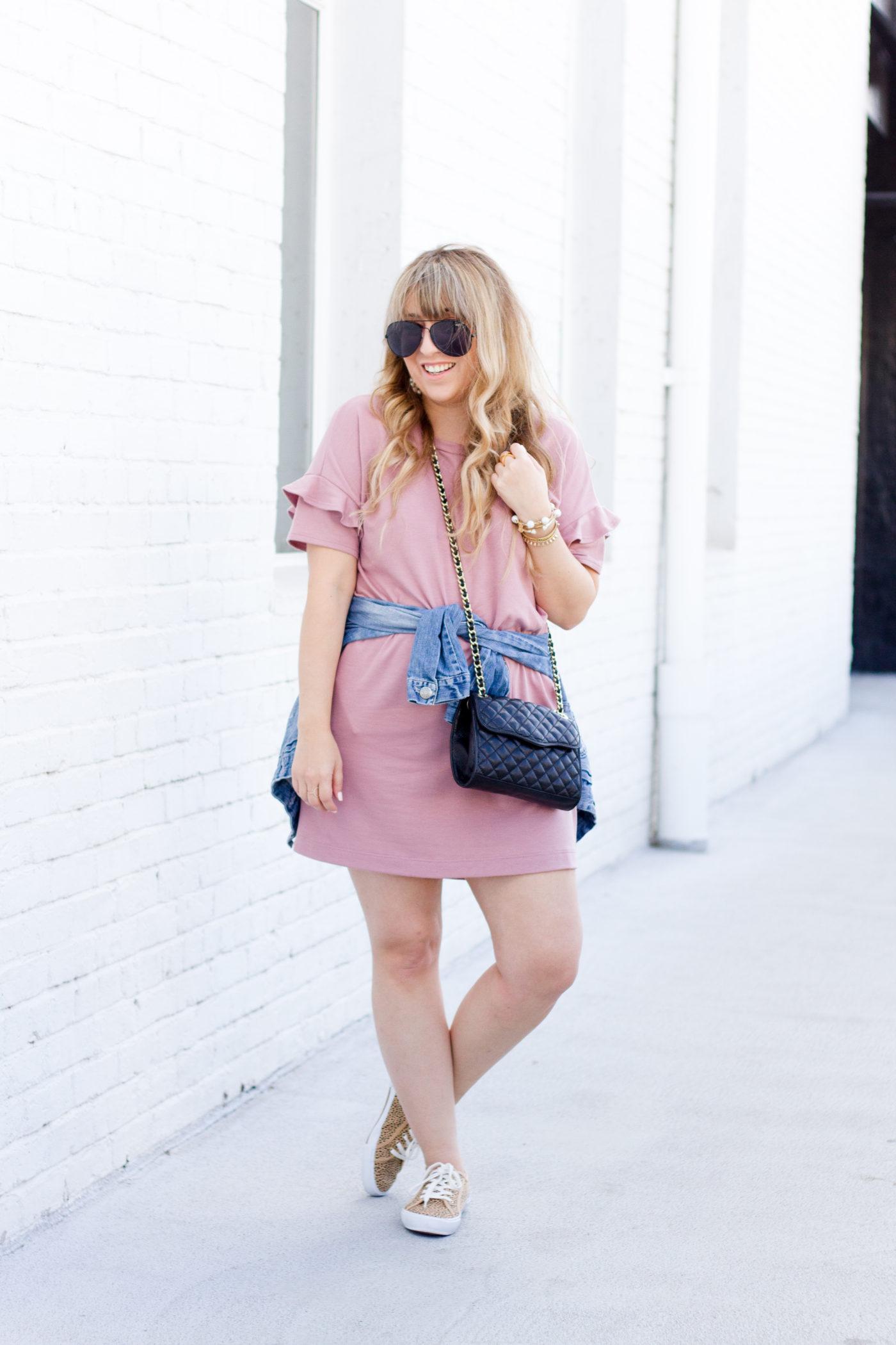 Cute casual tshirt dress outfit