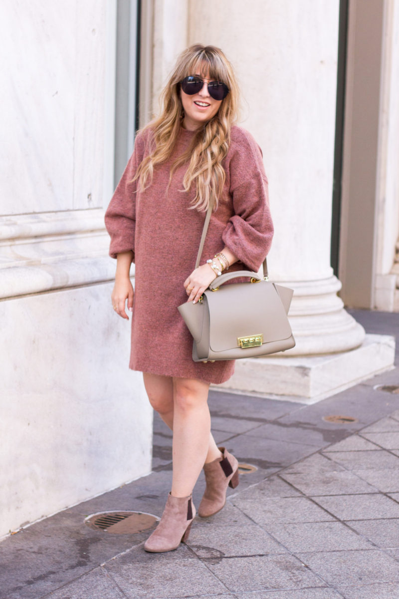 Big sweater dress with booties