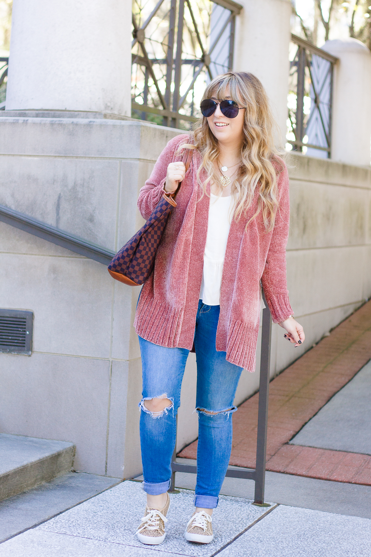 Casual chenille cardigan outfit idea for fall