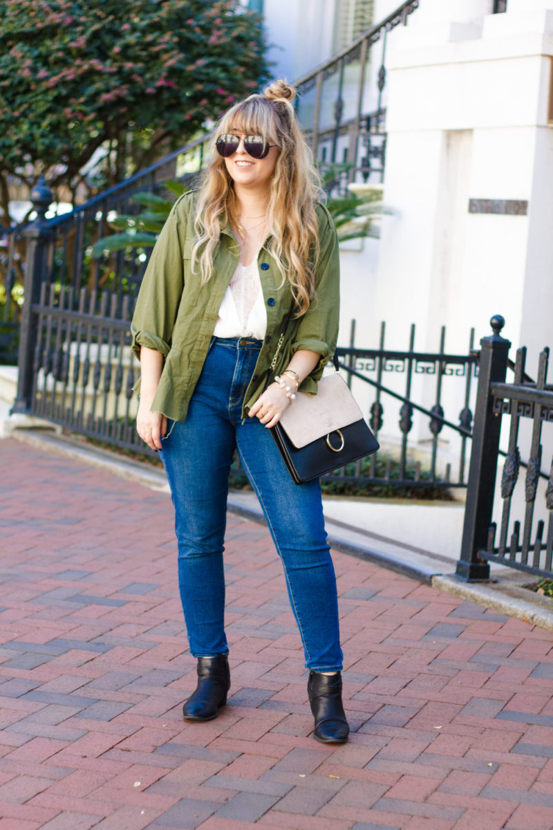 Miami fashion blogger Stephanie Pernas styles a utility jacket outfit idea for fall