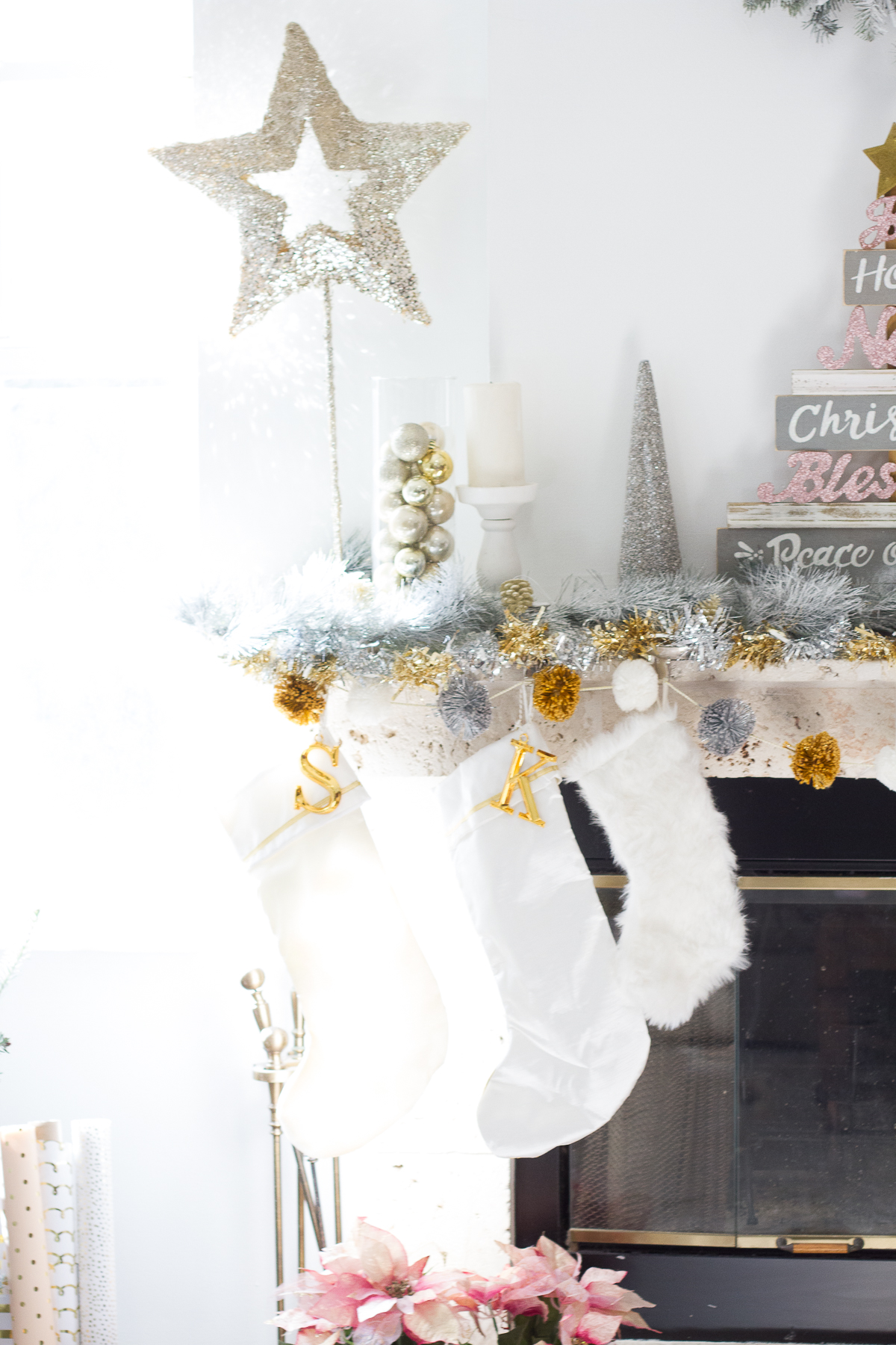 Cute mantle for holiday