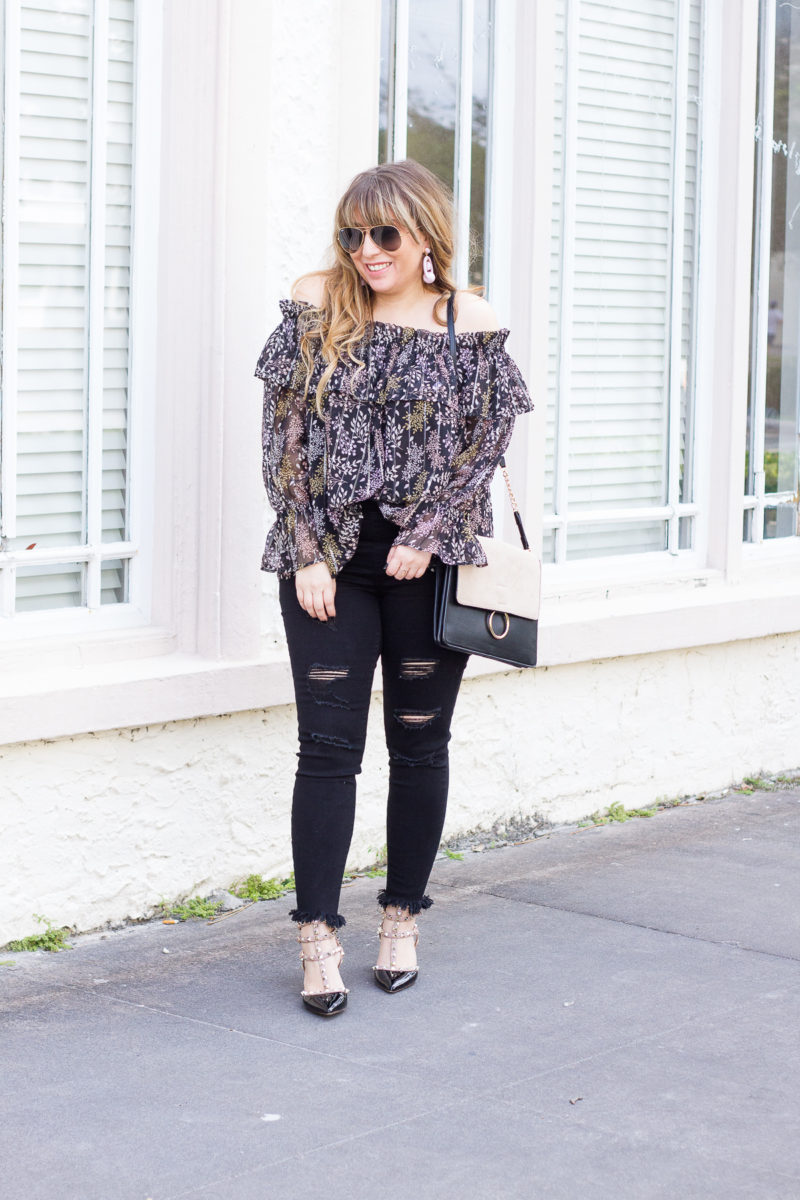 Casual top and jeans outfit