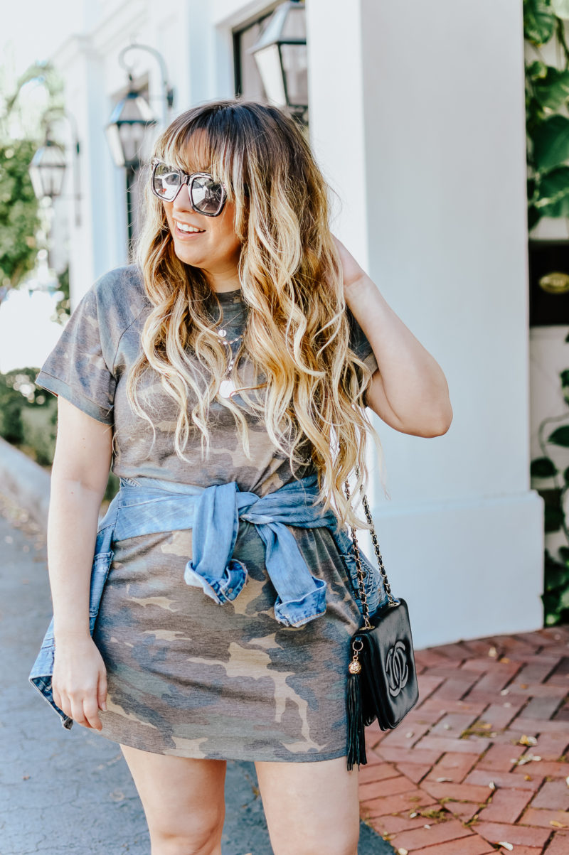 Camo t-shirt dress outfit idea for spring