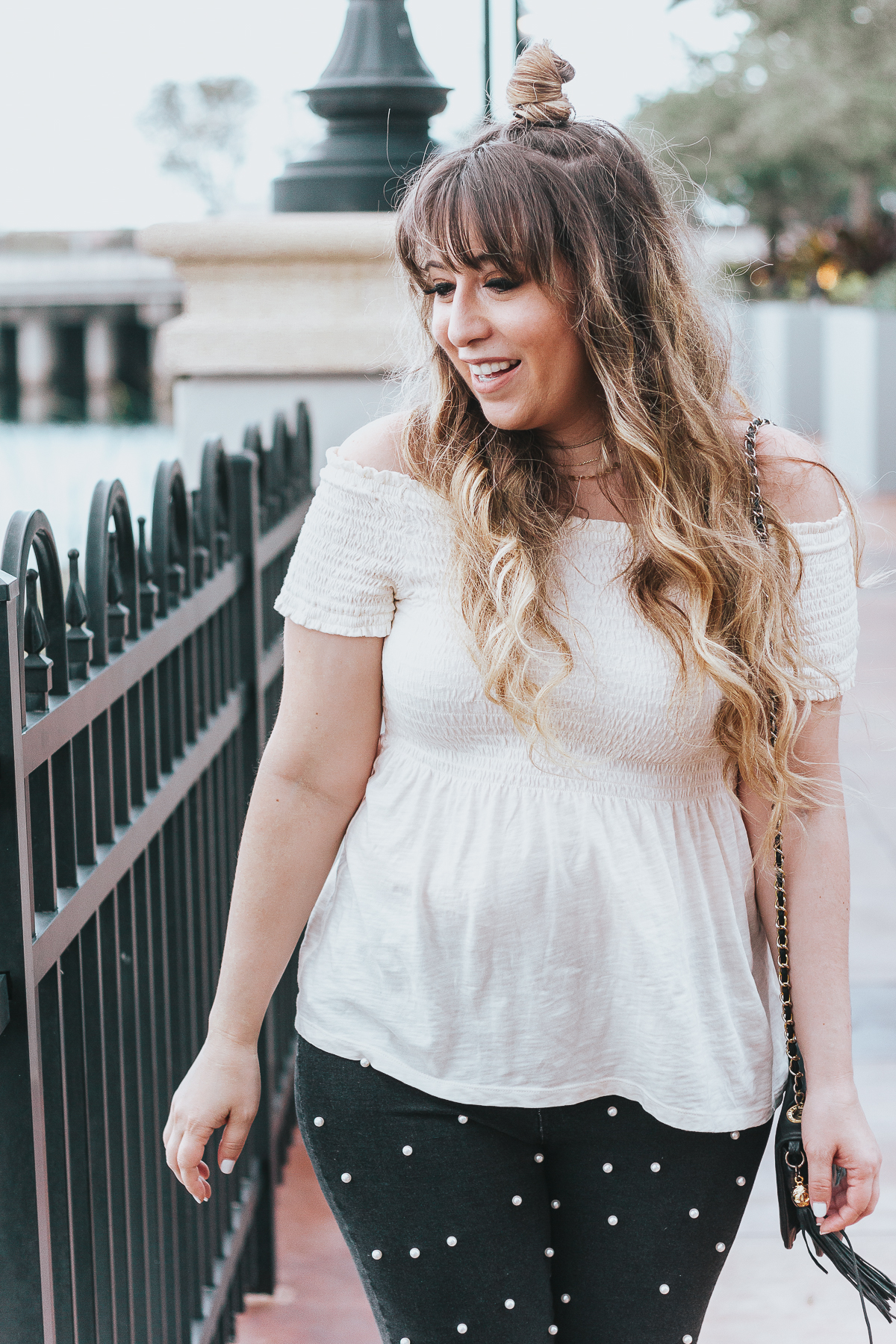 Off the shoulder top + black pearl jeans outfit for spring-11