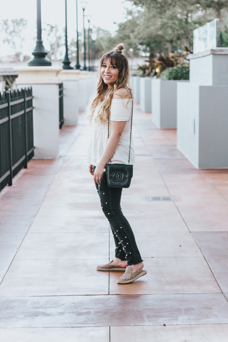 Off the shoulder top + black pearl jeans outfit for spring-4