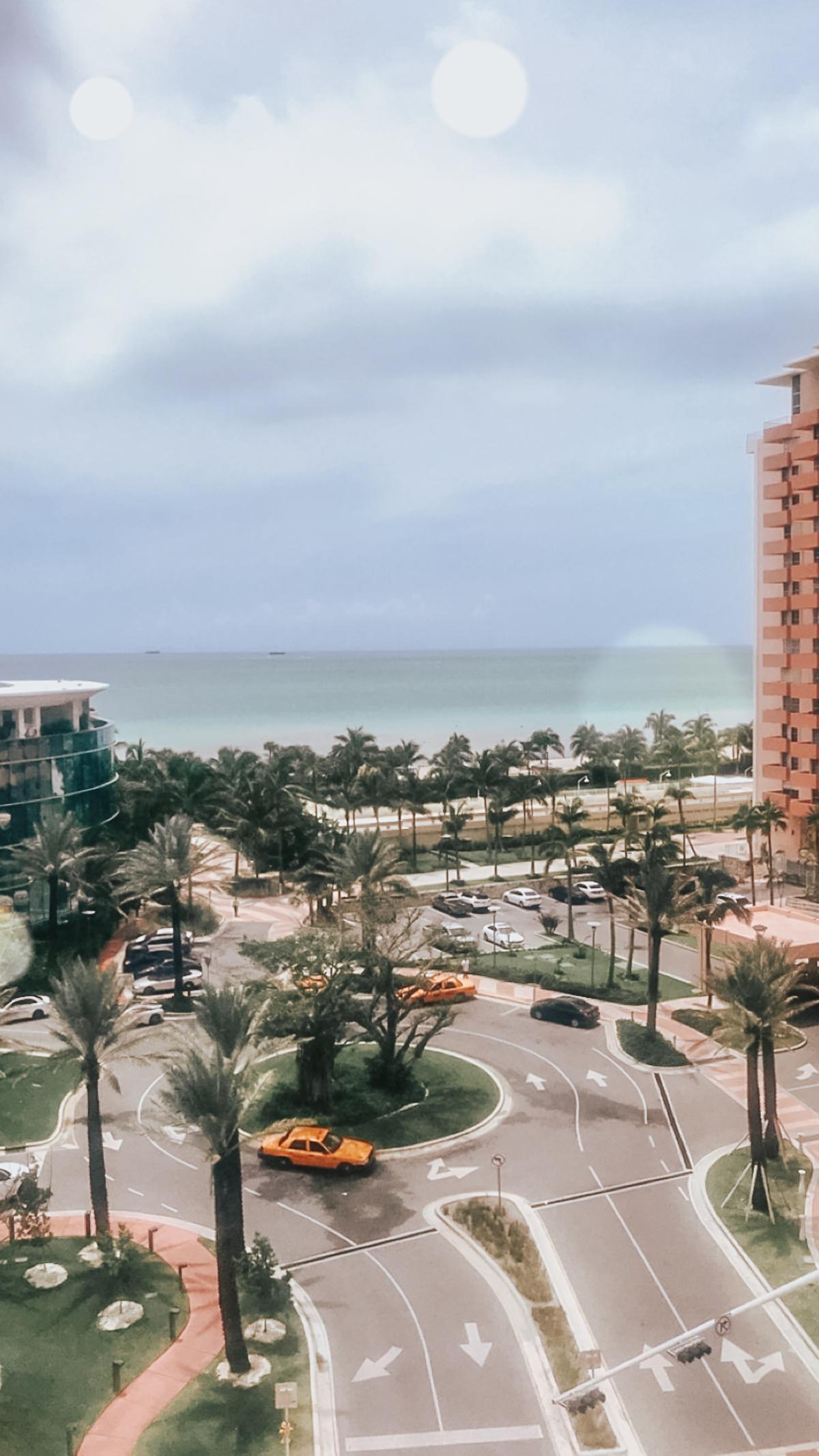 AC Hotel Miami Beach Rooftop pool-6