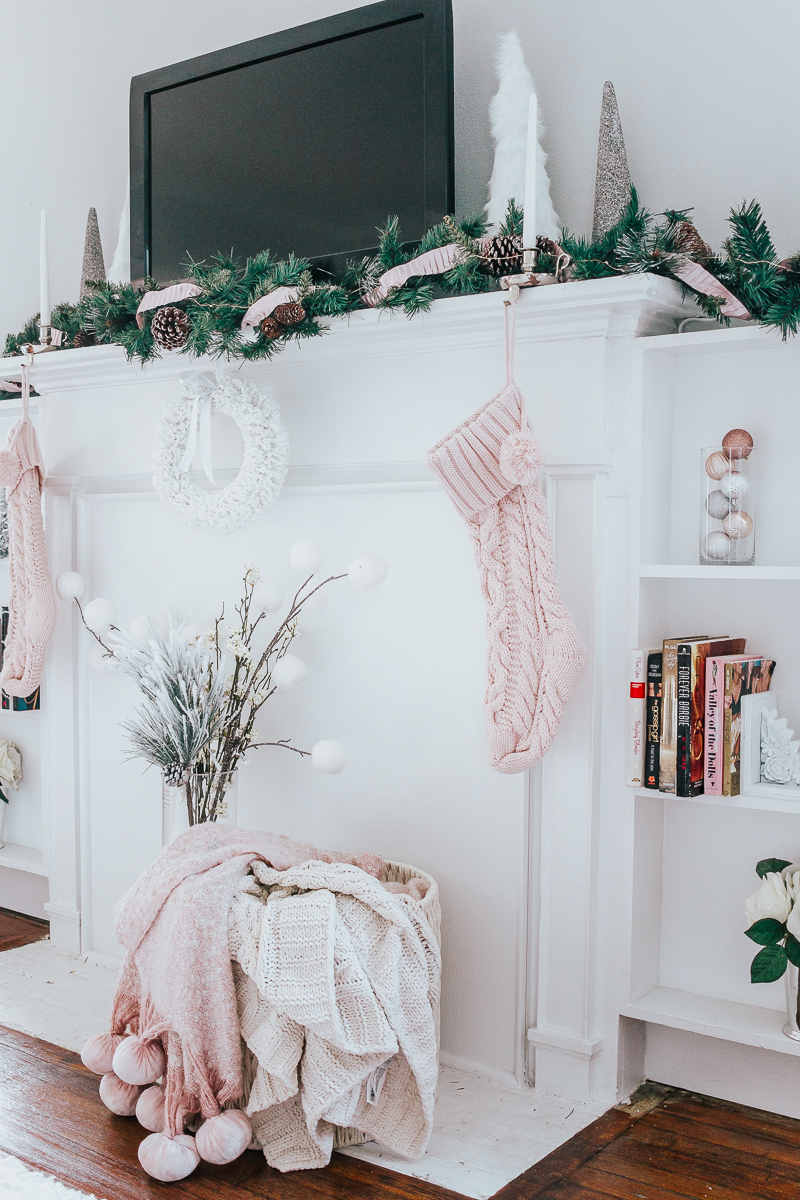 Holiday Home Tour- Glam Holiday Living Room-32