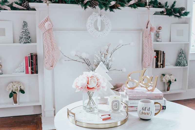 Holiday Home Tour- Glam Holiday Living Room-4