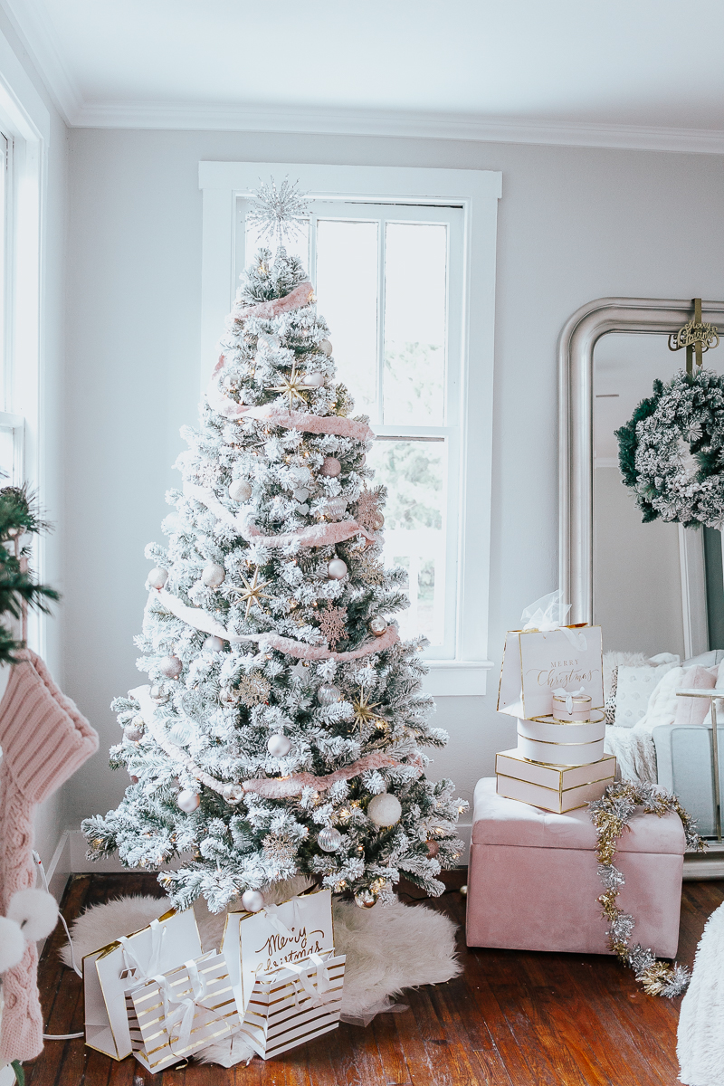 Holiday Home Tour- Glam Holiday Living Room