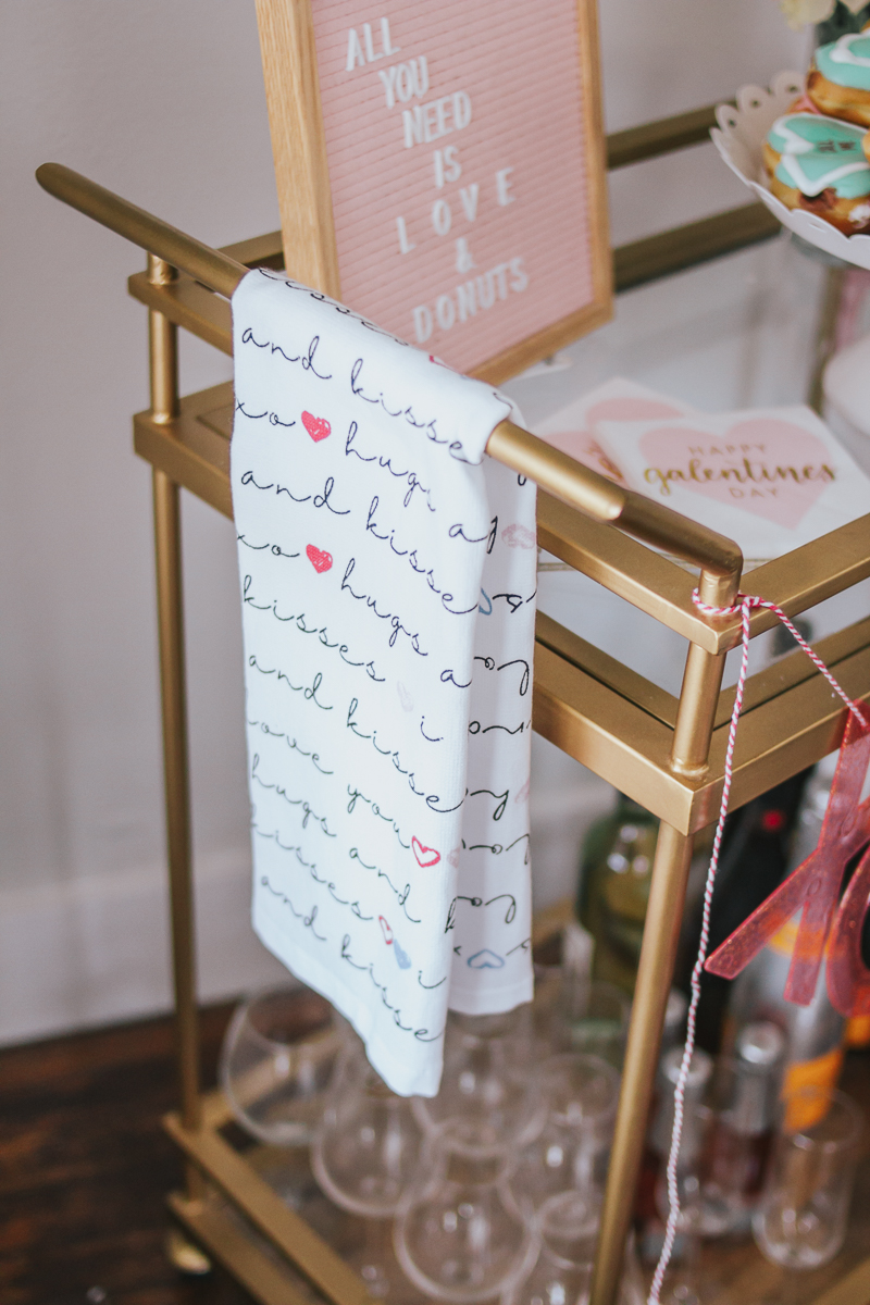 Valentine's Day Home Decor – a Sparkle Factor Stephanie Pernas-26