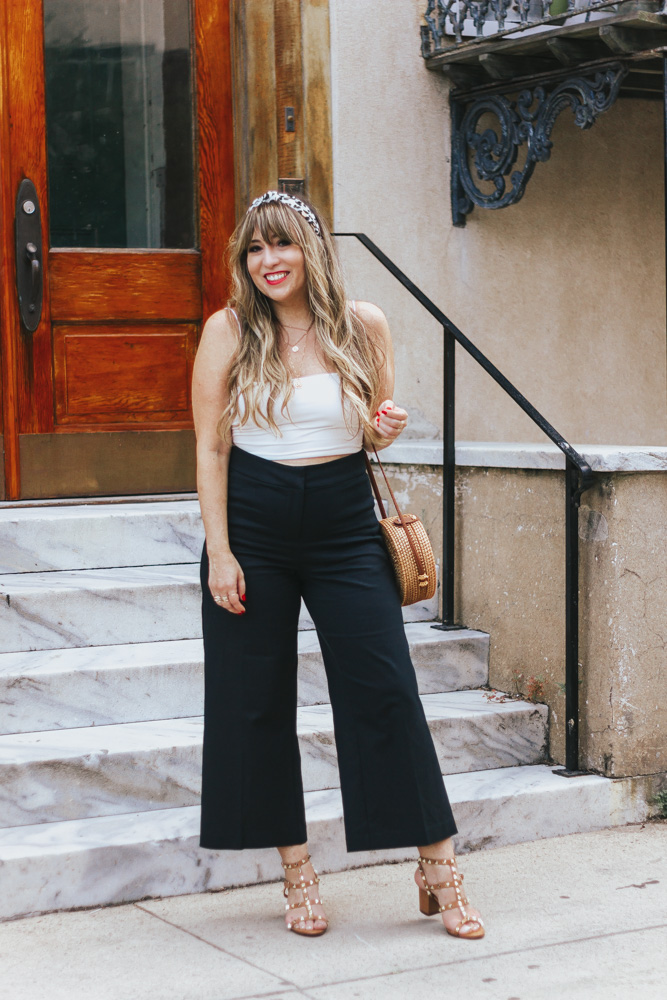 2 ways to style black wide leg crops – summer outfit ideas-11