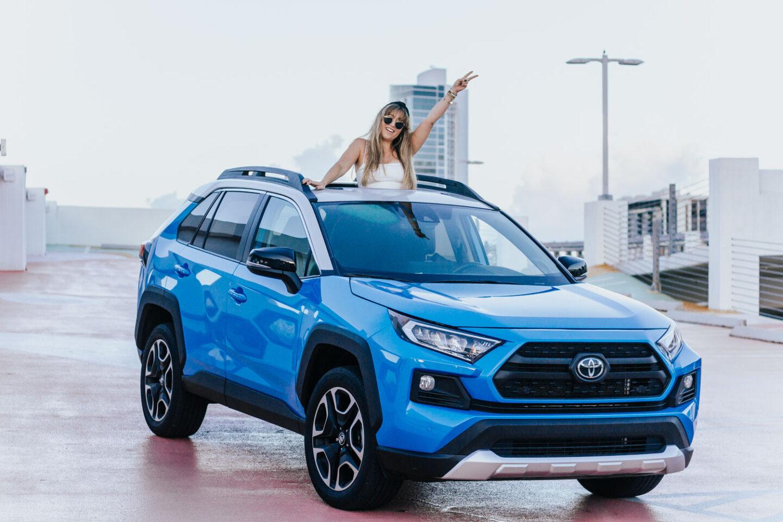 2019-Toyota-RAV4-22