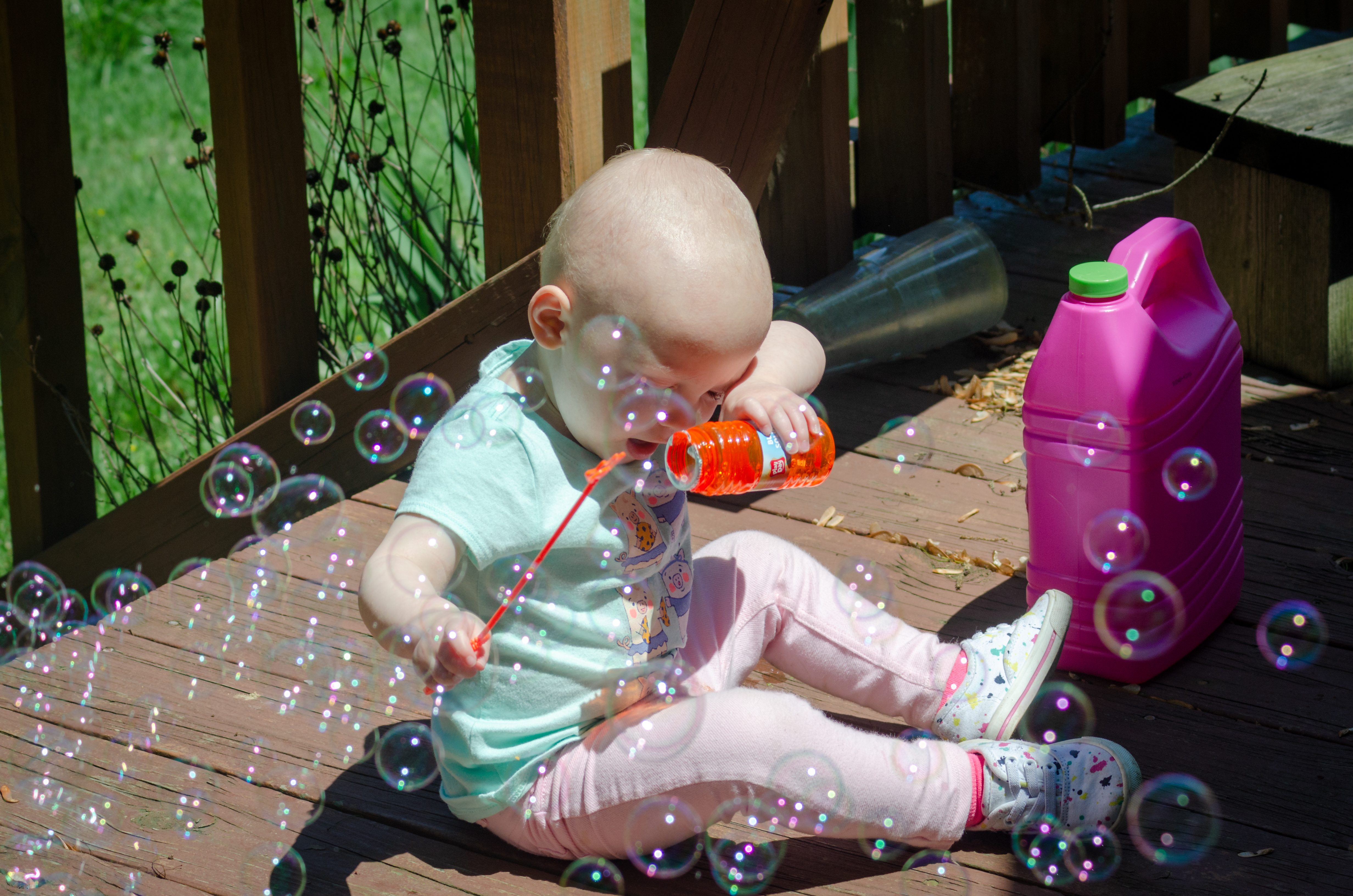 mildred makes bubbles