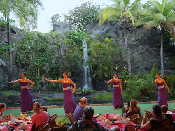 Family Oahu Vacation: Polynesian Cultural Center