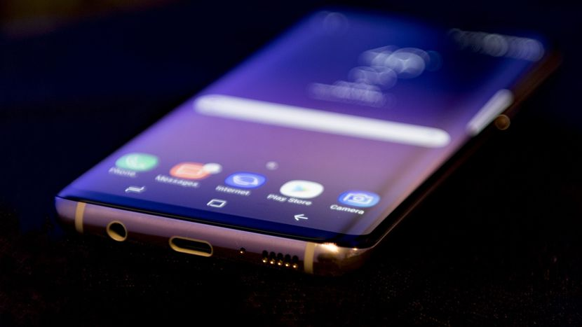 Photo of New Galaxy S8 and Galaxy S8+ Coolest Features!