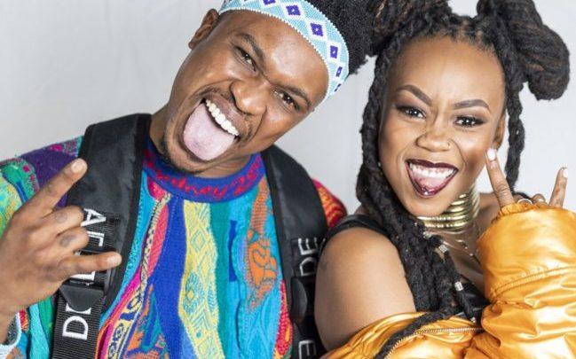 som är siyabonga ngwekazi dating Dating en arbets kamrat