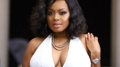 Photo of With Hilarious Memes Tweeps React To Lerato Kganyago Hitting  A Pavement at Fourways Mall