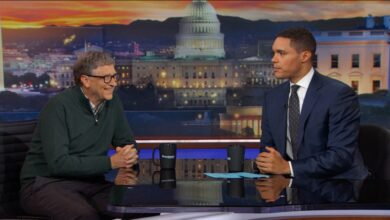 Photo of Trevor Noah Teams Up With Rafael Nadal To Face Bill Gates and Roger Federer In Doubles Exhibition Match