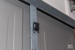 Linear-GD00Z-Z-Wave-Garage-Door-Tilt-Sensor-Installed-1024x683