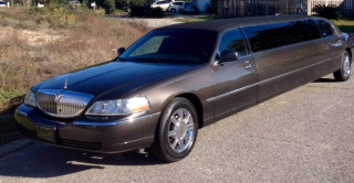 Lincoln Towncar Stretch Limousine