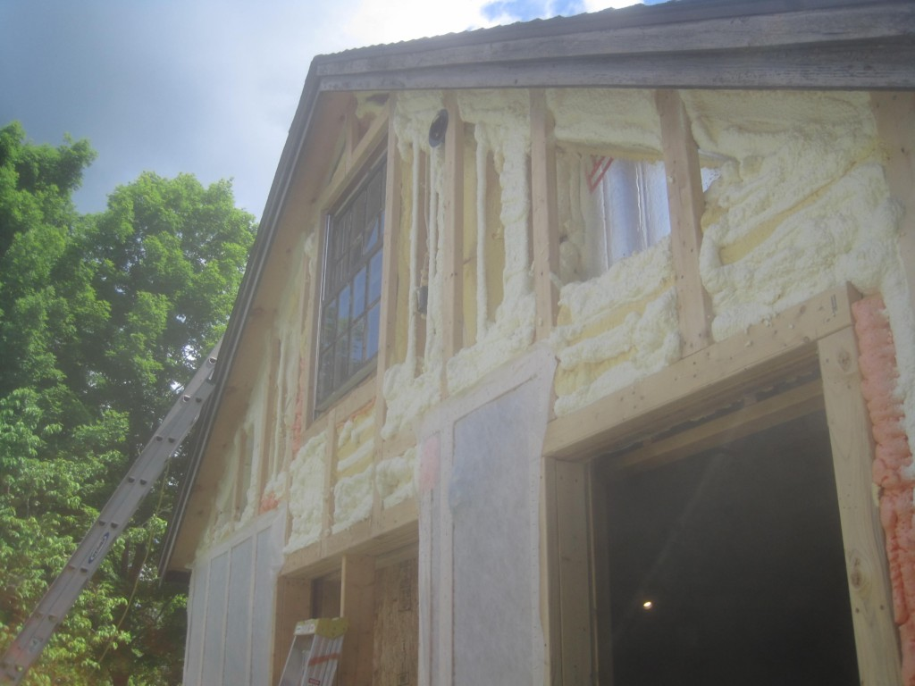 Gable-Close Cell foam-insulation