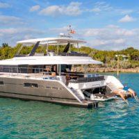 Charter Yacht Ultra