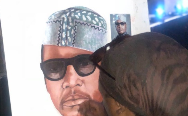 Psyfo Shares Cassper's Confrontation Of Rasta On HHP Painting!Celebrity funeral painter famously known as Rasta found himself trending for the second time on social media.