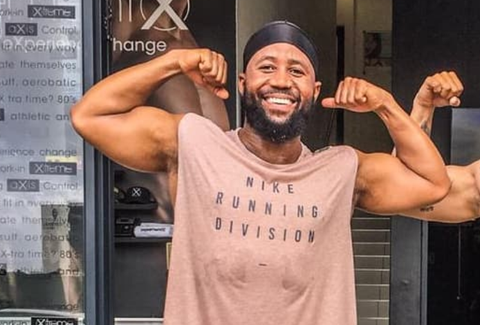 Cassper Responds To A Fan Saying AKA Has More Fans Than Him