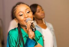 Photo of Moozlie On How She Felt When Dineo Moeketsi Brutally Roasted Her On Live Television