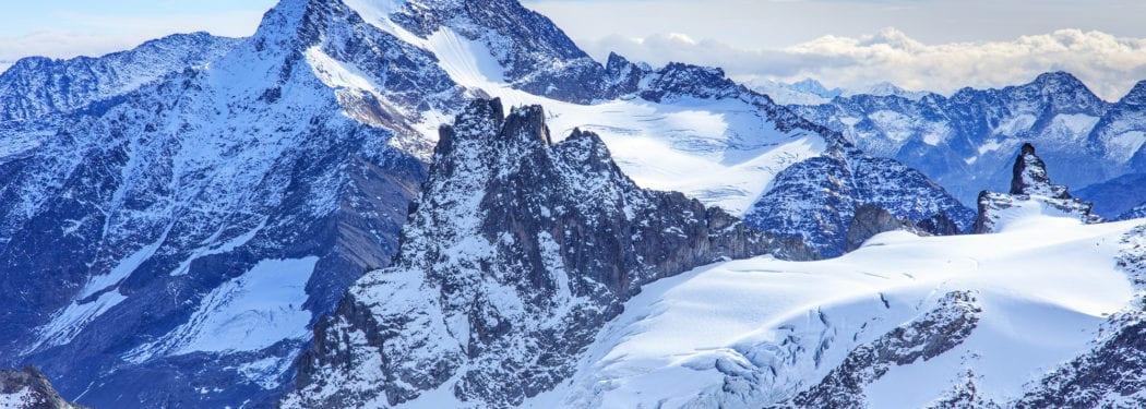 Interlaken, Mt Titlis and Jungfraujoch, Switzerland   GhoomnaPhirna