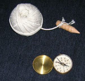 Ball String w-woodenPeg& Compass