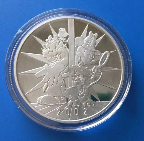 2002 Disneyana Silver Medal Features Sherlock Mickey