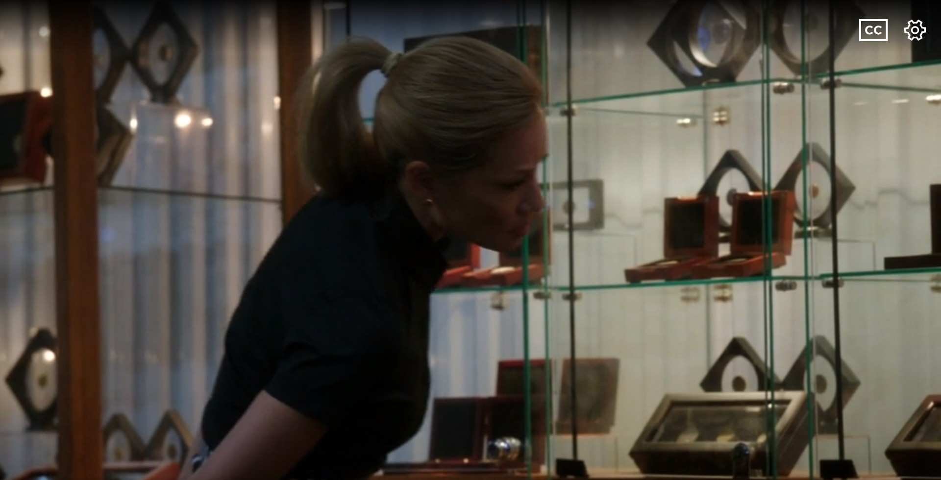 "Elementary's ""The Price of Admission"" Episode has a Coin Collecting Scene"