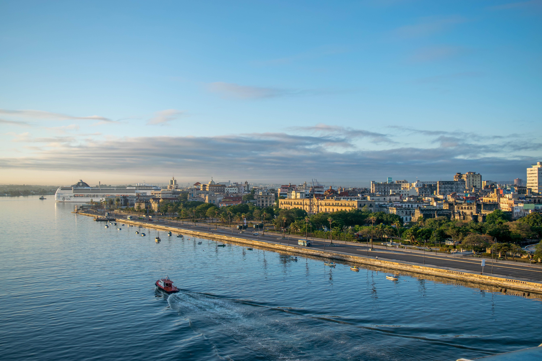 Sailing into Havana, Cuba