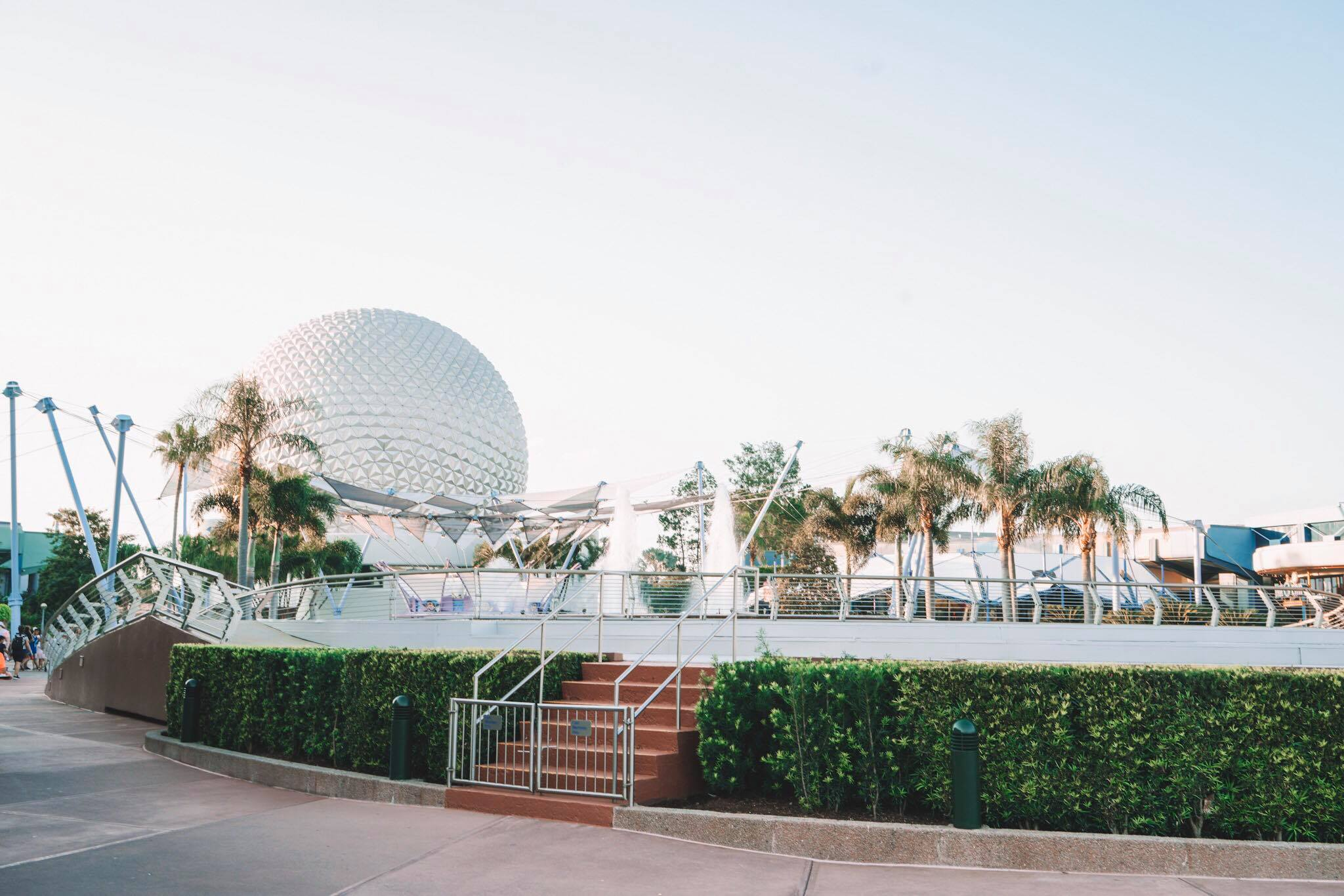 How to Survive Disney World in the Summer