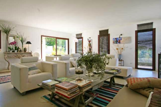 indian touches in french holiday home