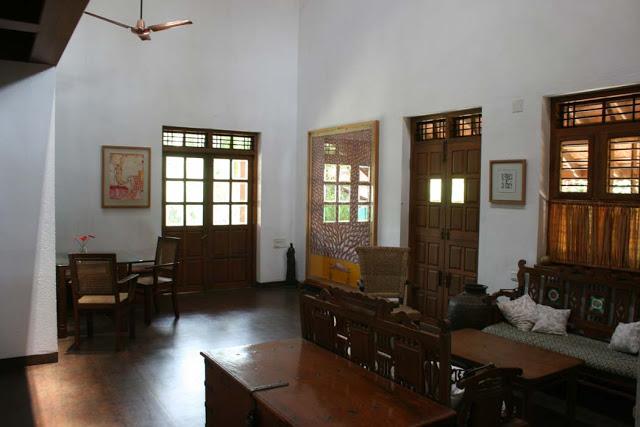 furniture old antiques, joola, bhavnagiri, bodhi tree, colonial furniture