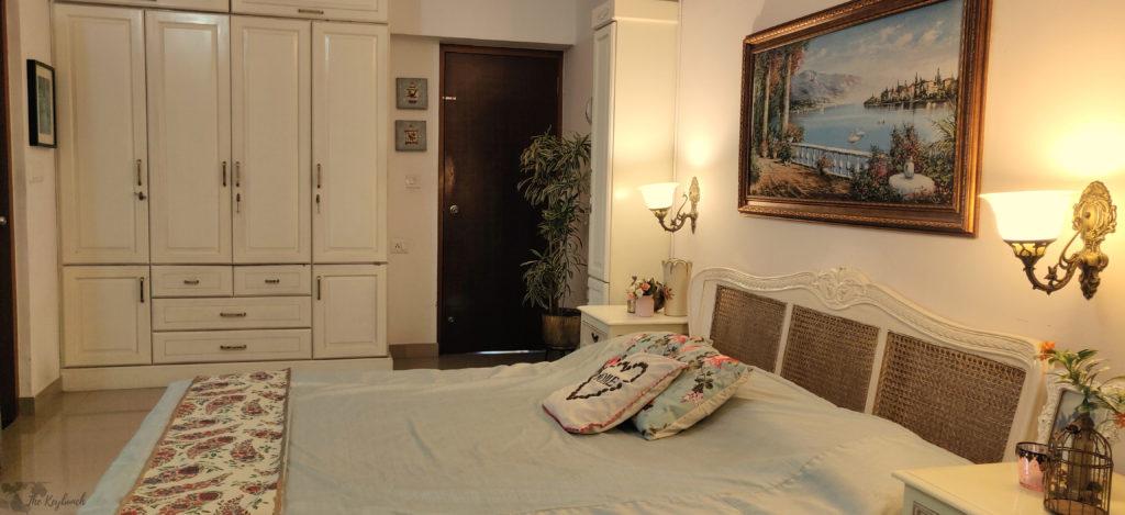 Jayashree Rajan's garden apartment tour on The Keybunch: master bedroom