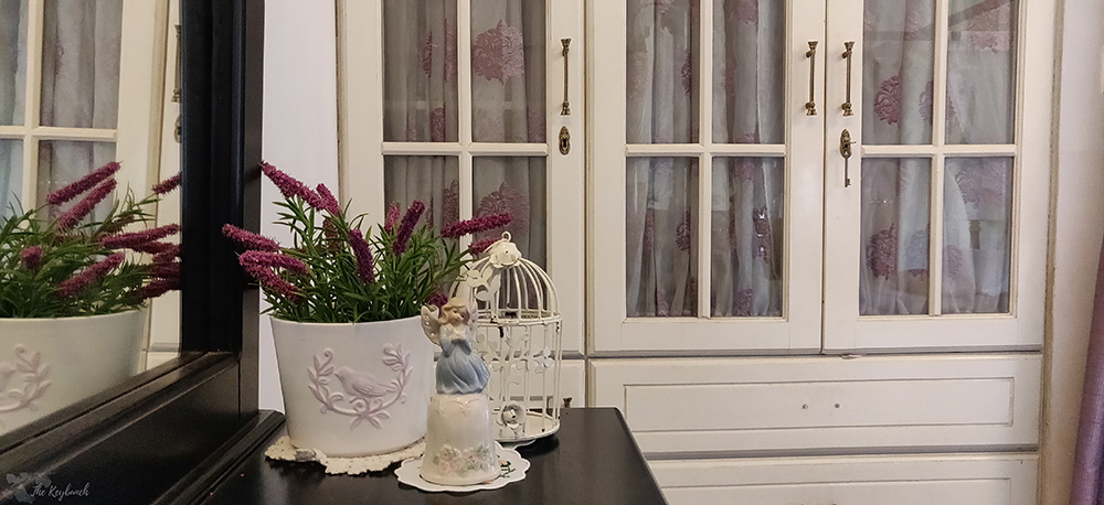 Jayashree Rajan's garden apartment tour on The Keybunch: old wooden cupboards for a vintage look