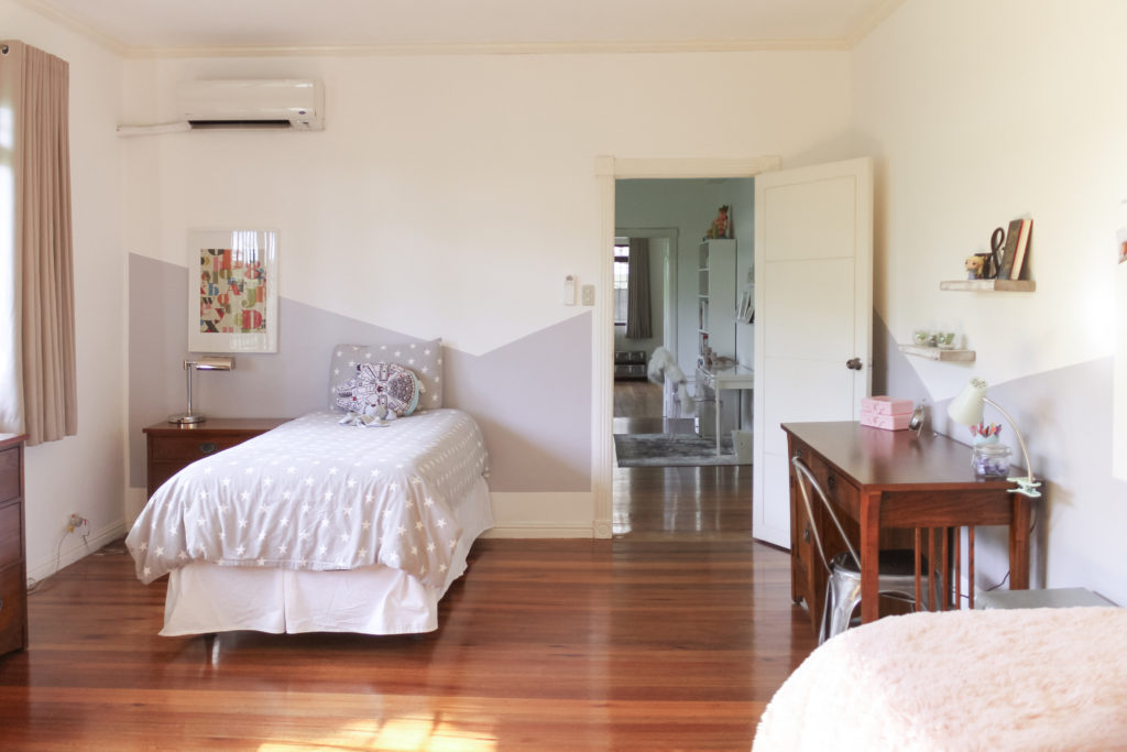 Home Tour with Kaho of Chuzai Living - the white kid bedroom filled with wall frame and study desk