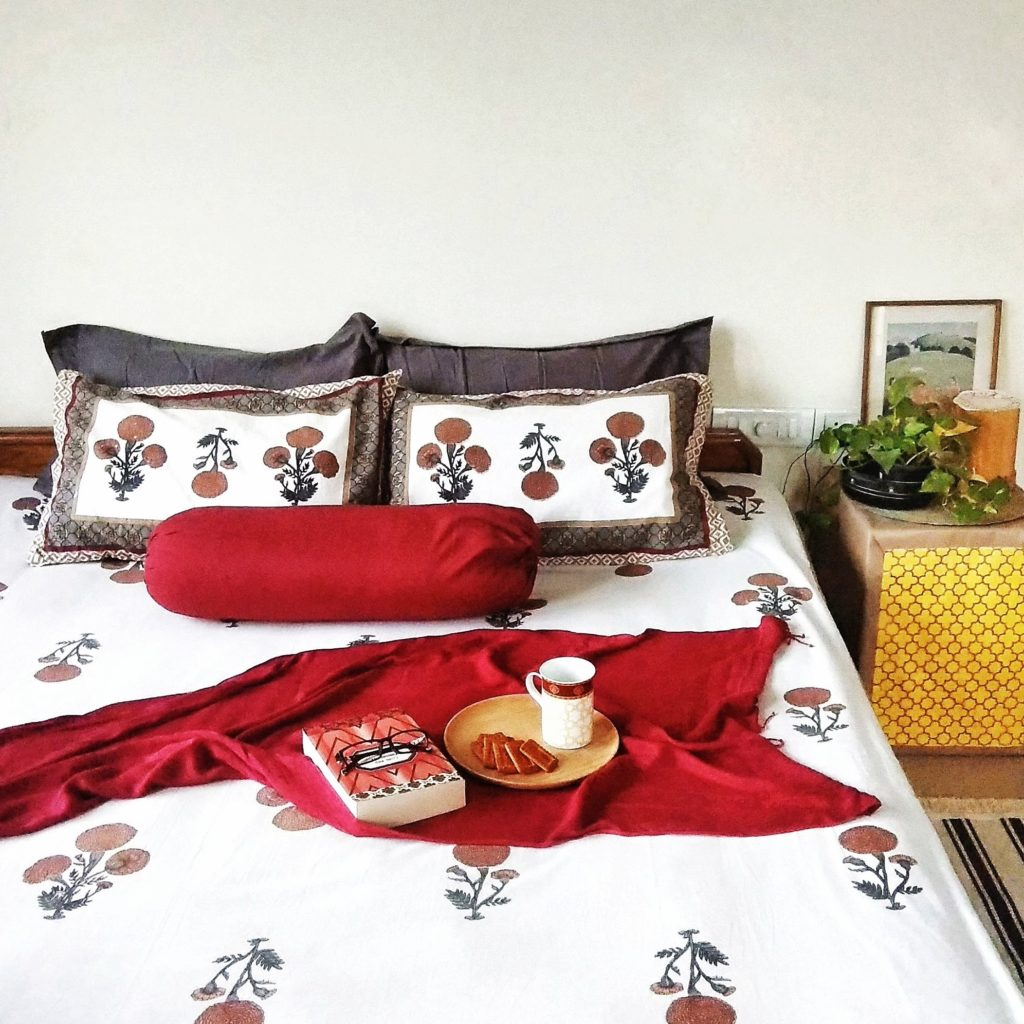 Jayati and Manali share their home tour as the science home décor - the beautiful bedroom with green plants and vintages